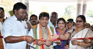 नगरीय प्रशासन मंत्री डॉ. शिव डहरिया ने 1.55 करोड़ लागत की भव्य विश्राम भवन का किया लोकार्पण