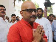 वाराणसी से प्रियंका गांधी नहीं लड़ेंगी चुनाव, कांग्रेस ने इस नेता को दिया टिकट