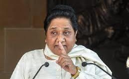 बीजेपी के खिलाफ मुसलमानों से वोट मांग घिरीं मायावती, चुनाव आयोग ने मांगी रिपोर्ट