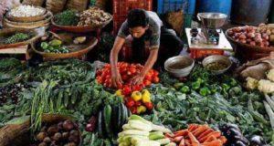 बाढ़ और भूस्खलन की वजह से सब्जियों के भावों ने छूए आसमान