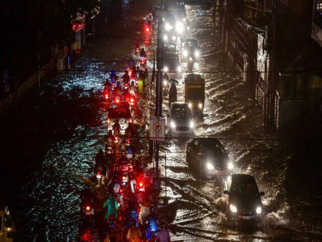 तेलंगाना में तेज बारिश